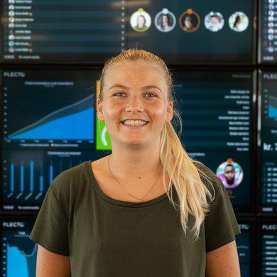 Lea Schmidt - Customer Service Representative.jpg